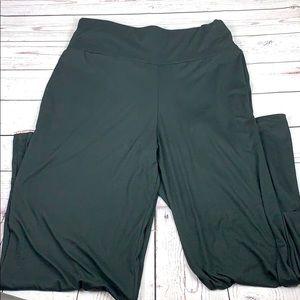 Simply southern black flare leg pant W L